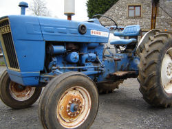 ford 3000 petrol tractor for sale