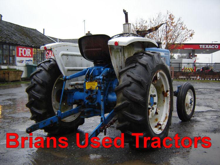Ford 1000 Loader : Ford loader scraper diesel tractor